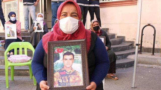 HDP önündeki ailelerin evlat nöbeti 378'inci gününde: Allah bize yaşattığınız acıları sizlere de yaşatsın