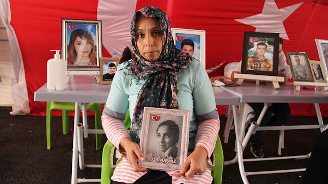 PKK'nın korkulu rüyası Diyarbakır annelerinin direnişi büyüyor: Bir aile daha kızını istiyor