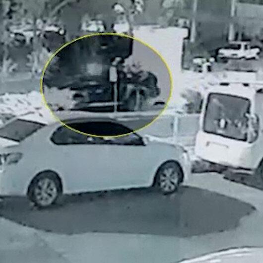 Karabükte erkek arkadaşına kızan kadın seyir halindeki araçtan atladı