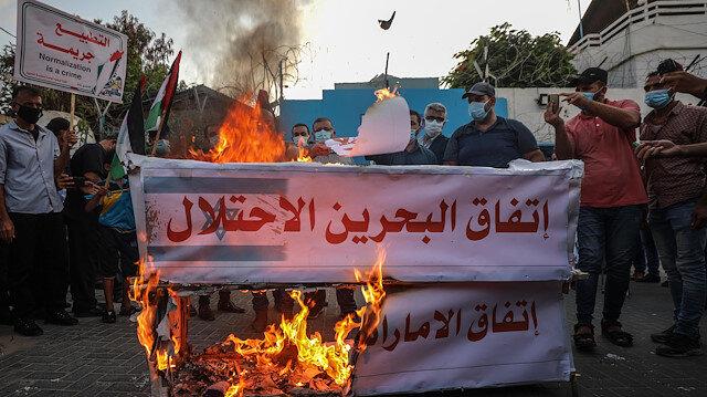 Arap dünyası ihanet anlaşmasını protesto ediyor: Bahreyn ve Filistinliler sokaklarda