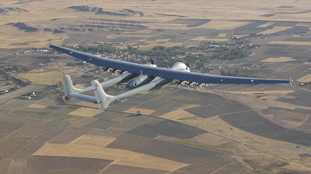 Aksungur tam yüklü mühimmatla 20 bin fit irtifada bir günden fazla uçtu