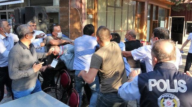 Tokat'ta kooperatif seçimlerinde sandalyeler havada uçuştu