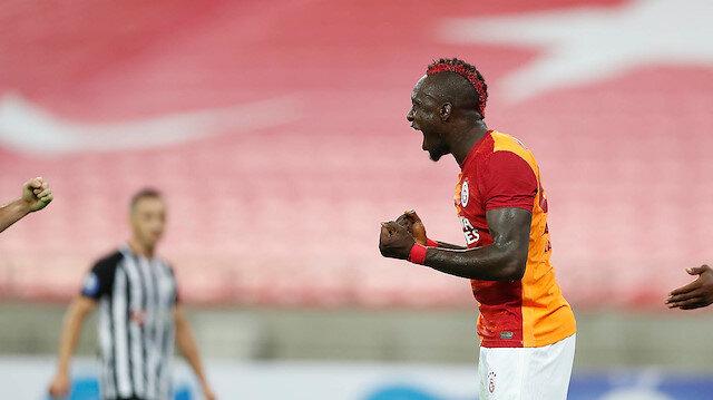 Galatasaray Azerbaycan'da turladı: Mbaye Diagne yıldızlaştı