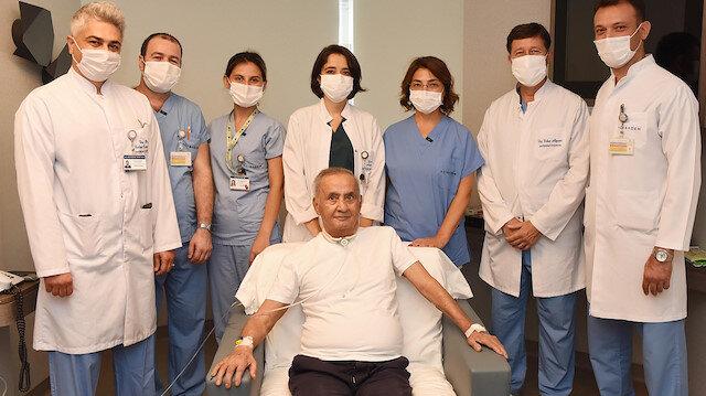Koronavirüse yakalanan ilk hastalardan 73 yaşındaki kişi 4 ay sonra yoğun bakımdan çıktı: Neden herkes maskeli?