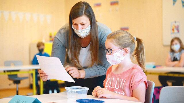 Yüz yüze eğitim yarın başlıyor: Öğretmenler öğrenciye 'siper' olacak