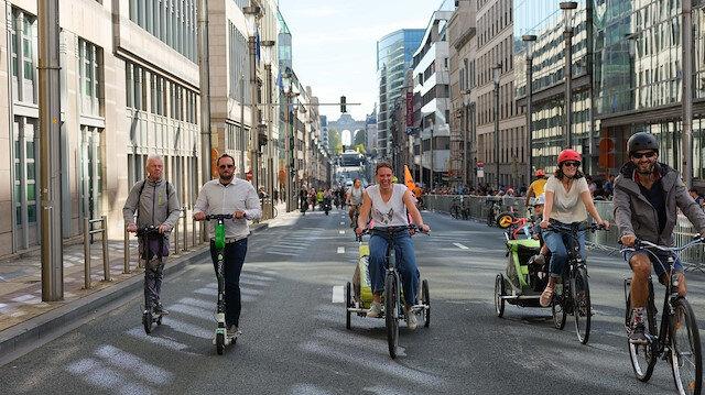 Brüksel'de otomobilsiz gün: Sokaklar yaya ve bisikletlilere kaldı