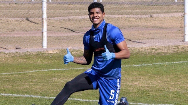 Perulu orta saha Wilder Cartagena'dan Galatasaray itirafı