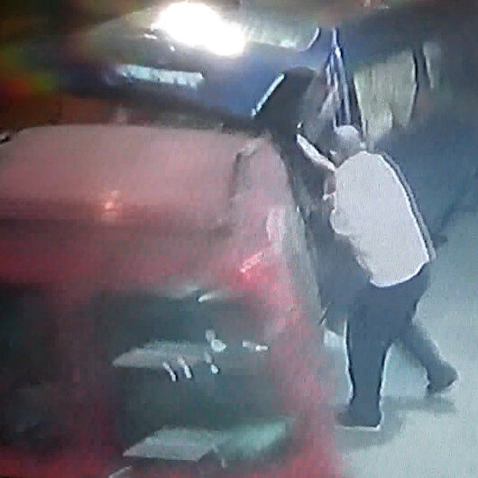 İki kişiye çarpıp kaçan 16 yaşındaki sürücü güvenlik kamerasında
