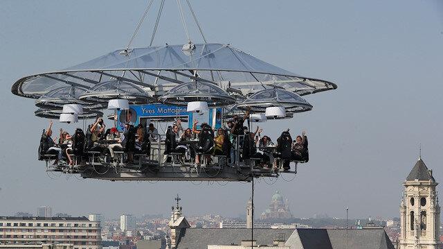 Brüksel'de 50 metre yükseklikte