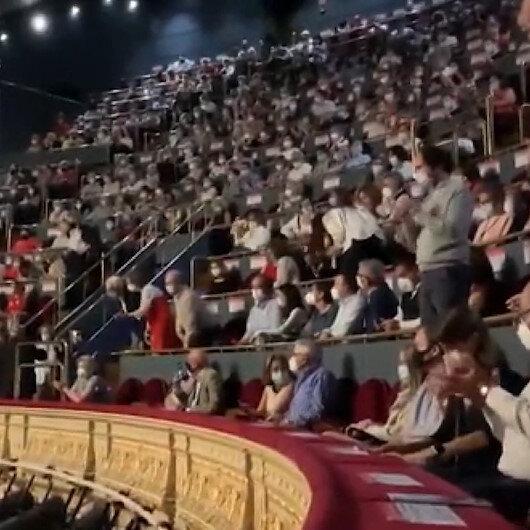 İspanyada operada koronavirüs protestosu: Ucuz bilet alanların hayatı hiçe sayıldı