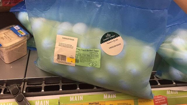 Pişirilip soyularak satılan yumurtalar sosyal medyada olay oldu: Vedat Milor'ün paylaştığı fotoğrafa yorum yağdı