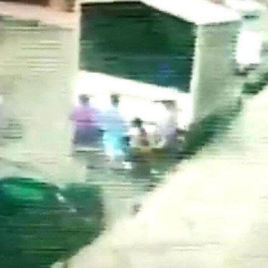 Bağcılarda çocuklar oyun oynadıkları kamyonun kasasını ateşe verdi