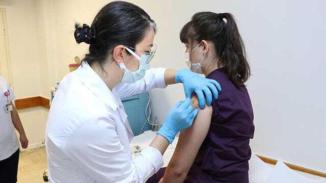 Aşı denemesinin üzerinden 5 gün geçti: Ciddi bir yan etki yok