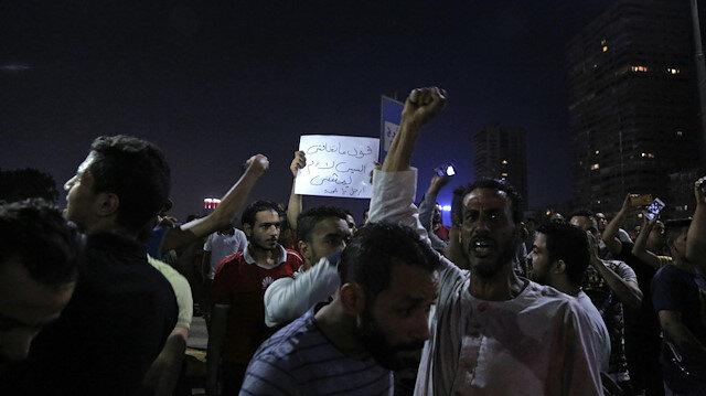 Mısır'da yönetim karşıtı gösteriler gece boyu devam etti