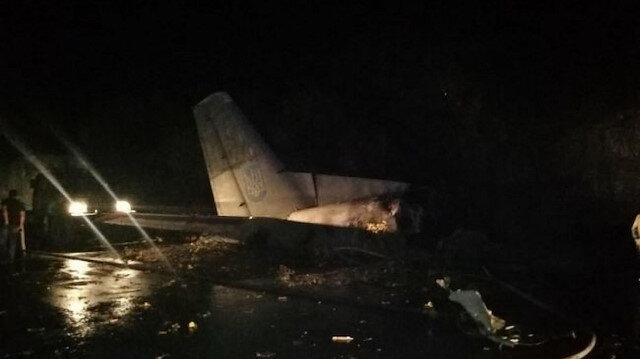 Ukrayna'da askeri uçak düştü: İlk belirlemelere göre 22 kişi öldü