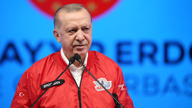 Cumhurbaşkanı Erdoğan'dan gençlere önemli mesaj: Yeter ki siz mücadele etmekten, gayret göstermekten vazgeçmeyin