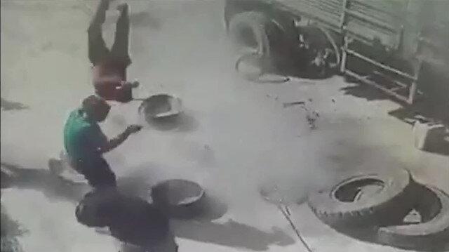 Kamyon lastiği patlayınca olanlar oldu: Tamirci havaya fırladı