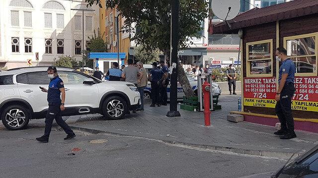 Esenyurt'ta taksi durağı önünde silahlı kavga: İki kişi hayatını kaybetti, bir kişi yaralandı