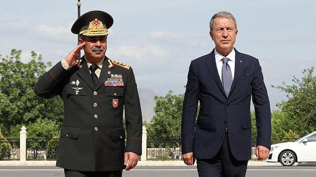 Milli Savunma Bakanı Akar, Azerbaycan Savunma Bakanı Hasanov ile telefonda görüştü