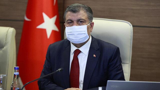 Türkiye'de son 24 saatte bin 412 kişiye koronavirüs tanısı konuldu