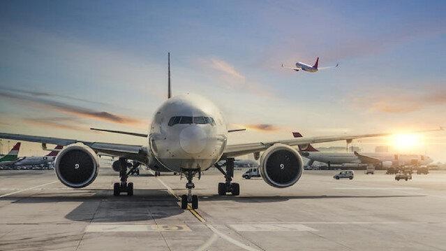 Azerbaycan'da Türkiye hariç uçak seferleri durduruldu
