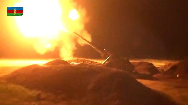 Azerbaycan ordusunun top atışları geceyi aydınlattı: Ermenistan hedefleri böyle imha edildi