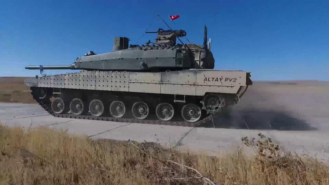 Altay ana muharebe tankı.