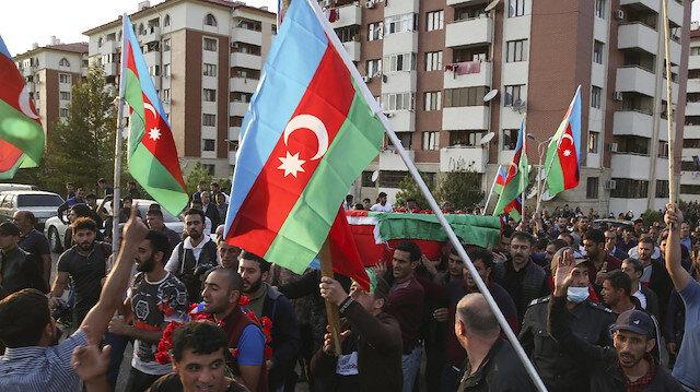 İran'da Azerbaycan'a destek gösterisinde aktivist gözaltıları