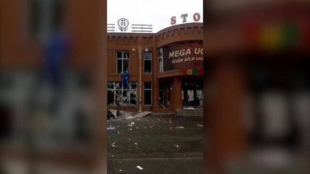 İşgalci Ermenistan, Gence'de alışveriş merkezini vurdu