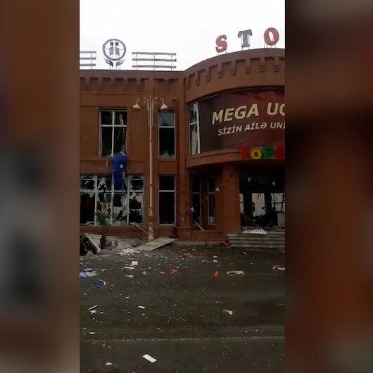 İşgalci Ermenistan, Gencede alışveriş merkezini vurdu