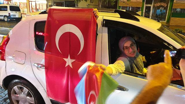 Azerbaycan'ın Cebrail şehrini kurtarmasını Iğdır'da konvoyla kutladılar