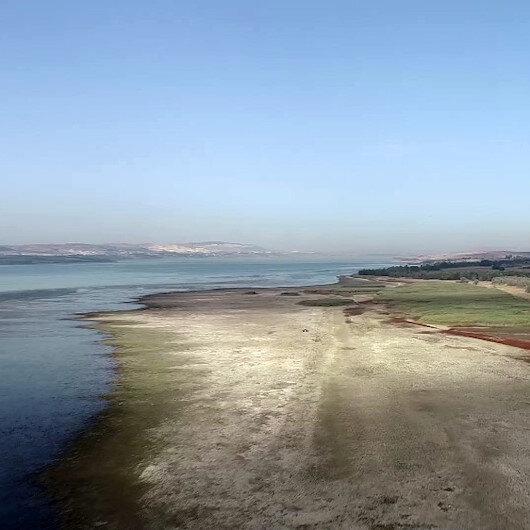 Büyükçekmece Gölünde korkutan manzara böyle görüntülendi