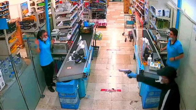 Adana'da tabancayla market soyan zanlı polisten kaçamadı