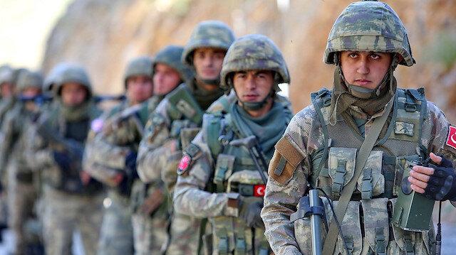 Tezkere uzatıldı: Türk askeri 1 yıl daha Lübnan, Mali ve Orta Afrika Cumhuriyeti'nde