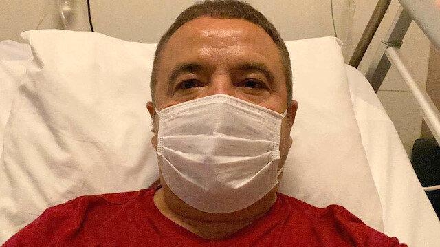 Koronavirüs tedavisi gören Muhittin Böcek'ten haber var: Akciğerini toparlamaya çalışıyorlar