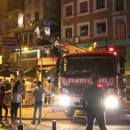 Beşiktaşta dönerci dükkanında korkutan yangın