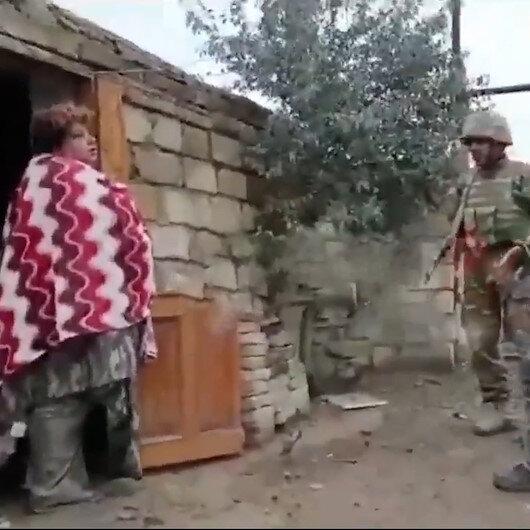 Ermeni kadın Azerbaycan askerlerini Evinize hoş geldiniz diyerek karşıladı
