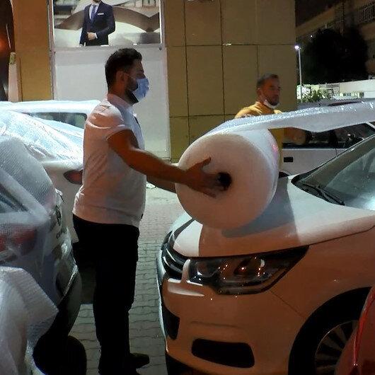 İstanbulda dolu paniği: Araç sahipleri kapalı otoparklara akın etti