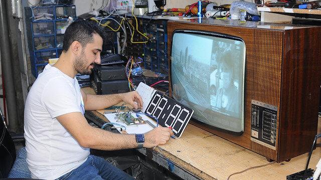 60 yıllık antika televizyonu tamir etmeyi başardı: 20 bin lira istiyor