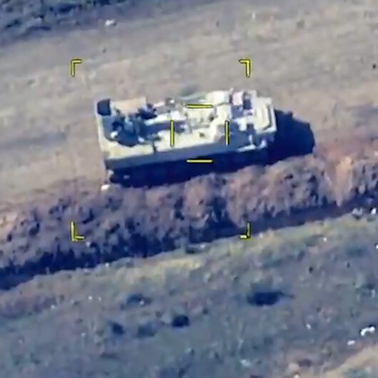 Ateşkesi ihlal eden Ermenistan ordusunun zırhlı araçları böyle imha edildi