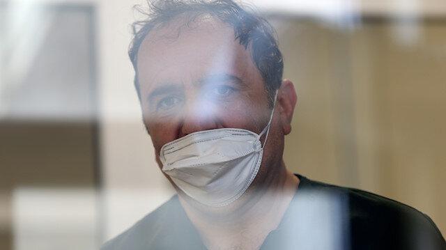 Koronavirüsle mücadele eden kahramanlar anlatıyor: Bir nefes için gözlerimizin içine çaresizce bakıyorlar