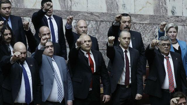 Yunanistan'da terör örgütü ilan edilen Altın Şafak Partisi'nin yöneticilerine hapis cezası