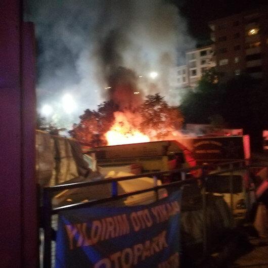 Kağıthanede bir otoparktaki dorseler alev alev yandı