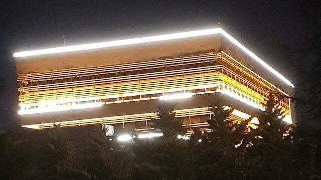 CHP'den 'Işıklar yanıyor' paylaşımı: Yaktığın 'ışık' hiç sönmeyecek