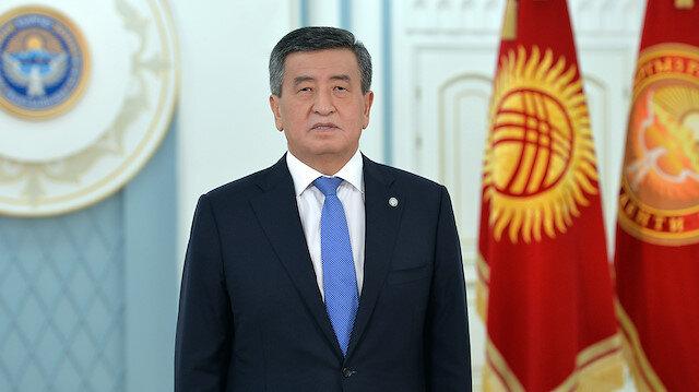 Kırgızistan'da Ceenbekov görevinden istifa etti