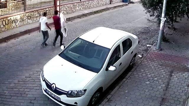 Aydın'da televizyon çalan hırsızların rahat tavırları kameraya yansıdı