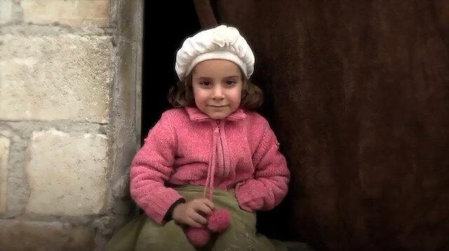 İdlibde yapılan 20 bin briket ev savaş mağduru çocukların yüzünü güldürdü