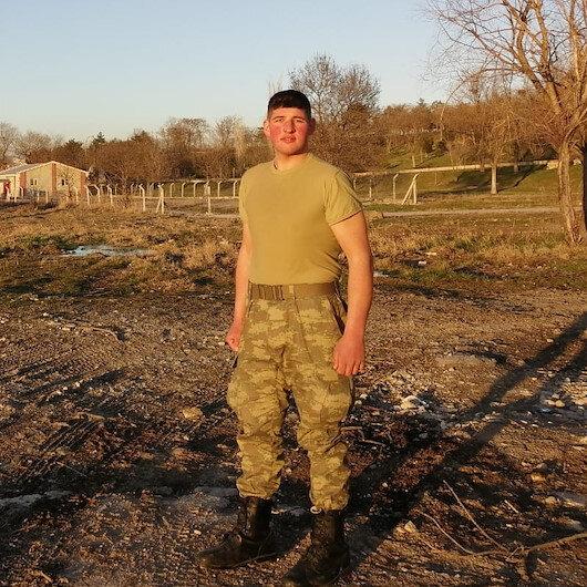 Askere gitmek için 3 ayda 60 kilo veren gencin azmi takdir topladı