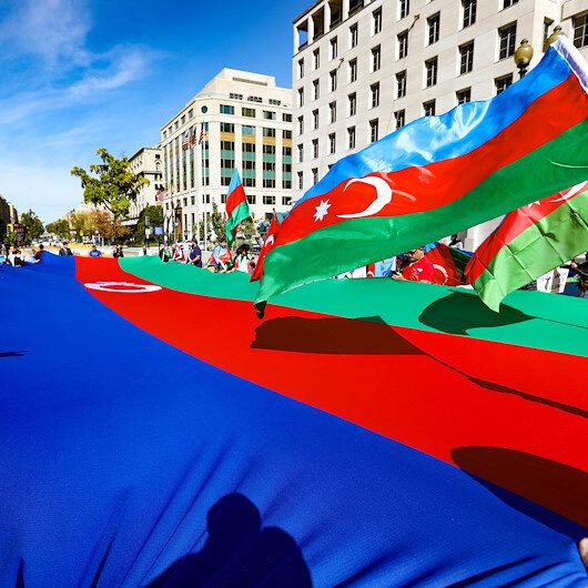 Beyaz Saray önünde Azerbaycana destek mitingi düzenlendi