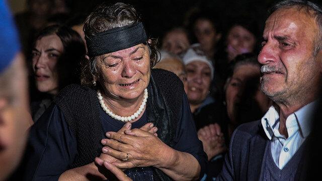 Ermenistan tarafından mezarlıkta vurularak öldürülen Azeri siviller geceleri saldırı nedeniyle toprağa verildi